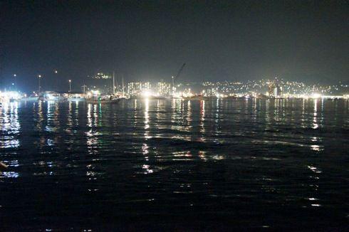 宮島水中花火大会 海の夜景