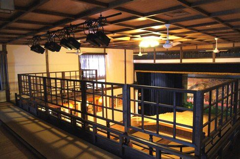 乙女座の2階と照明