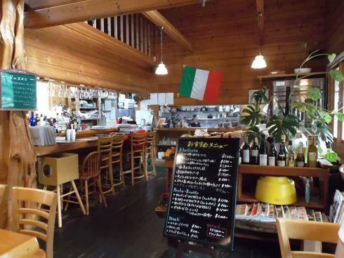 ルッツォ 店内の画像2
