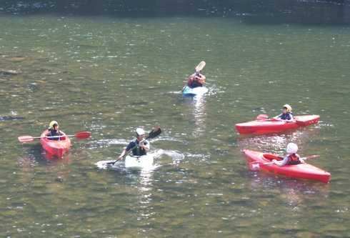 江の川カヌー公園さくぎ、カヌーやアドベンチャーリバーで夏遊び