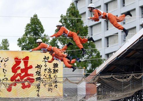 全国消防救助技術大会 in広島、人命救助に懸ける男の背中