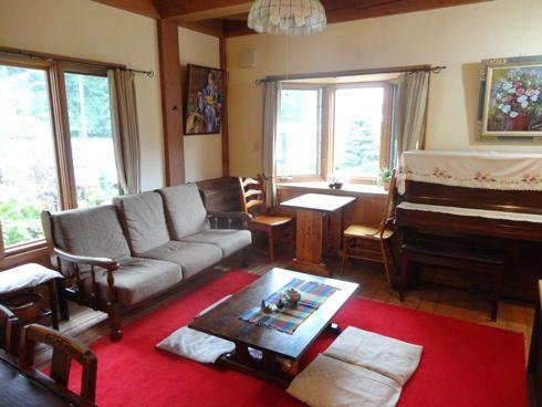 ノラの家 ソファの部屋