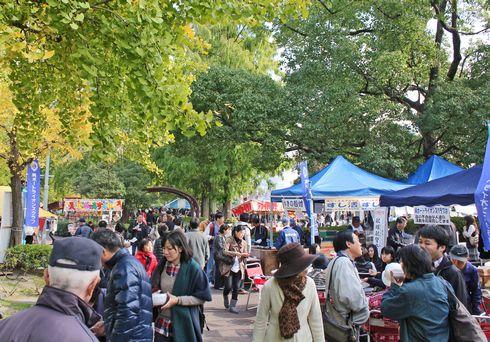 くれ食の祭典 2013、呉市蔵本通りに美味しいもの満載!
