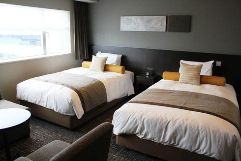 広島ワシントンホテルの客室は、幅広ベットにナノイー完備の癒しルーム