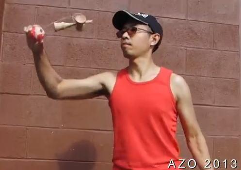 AZO 動画、身体能力が凄すぎる男 けん玉・中国ゴマなど複合技で魅せる