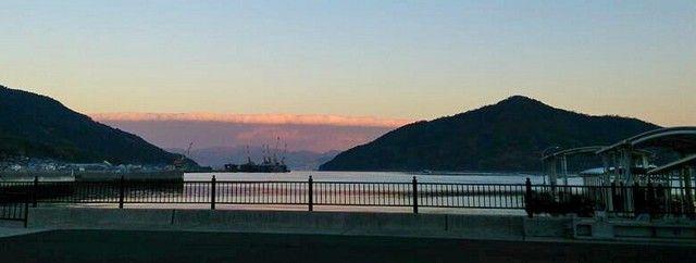 大津波のように見える、雲津波が広島に