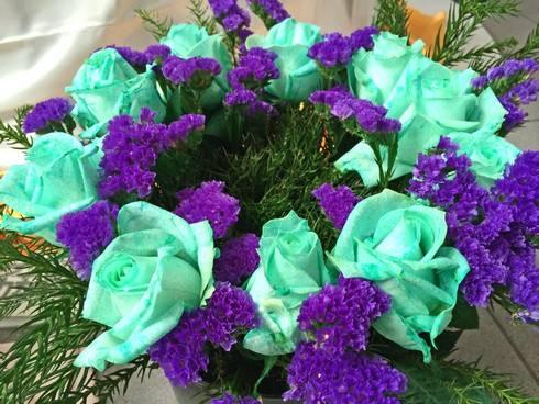 青いバラも