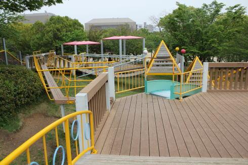 千田公園 アスレチック画像2