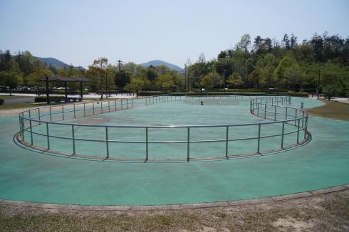 瀬野川公園 ローラースケート場