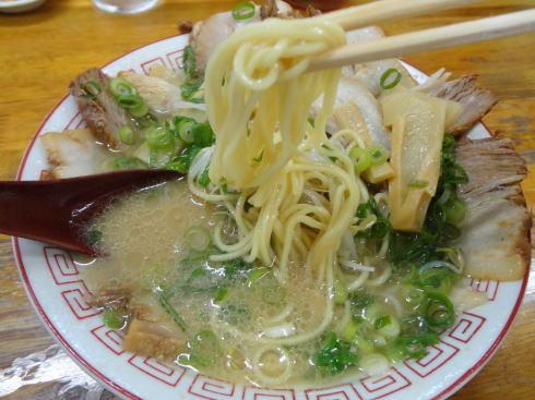広島祇園 ザ・ラーメンの麺