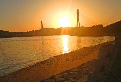 夕暮れのしまなみ海道