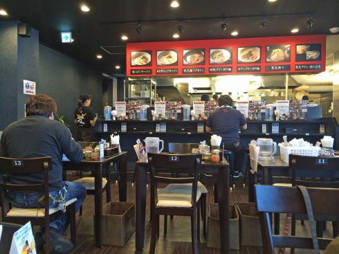 赤麺 梵天丸 の店内写真1
