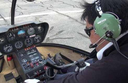 遊覧飛行、操縦席も丸見え