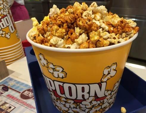 映画館で食べたくなるポップコーン