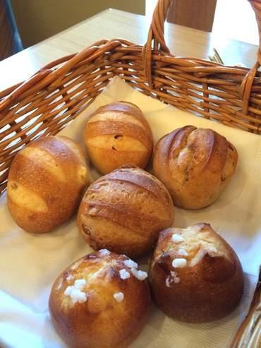 ホテル ベラビスタ境ガ浜、朝食のパン