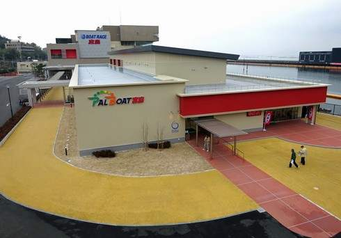 ボートレース宮島、改修工事でリニューアル!外向発売所もオープン