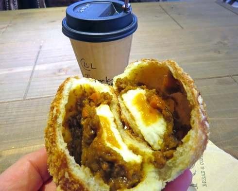 ROI(ロイ)、西風新都にオープンした イートイン可能なパン屋カフェ