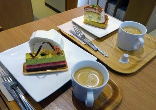 東広島 アイ・クレール イートインケーキ