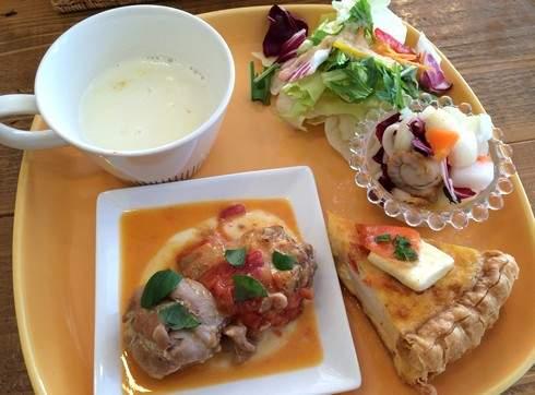 キッシュ グランココ、1番人気のスモークサーモンとクリームチーズ