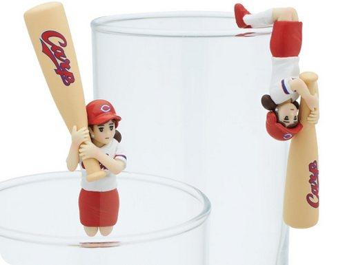 「ボールのフチ子」と「バットのフチ子」、広島カープなどプロ野球球団とのコラボ