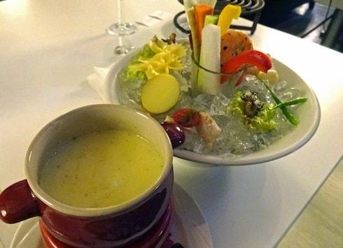 カフェ サルディーニャリゾート チーズフォンデュの画像