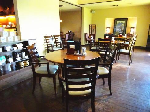 十三軒茶屋 店内の様子3