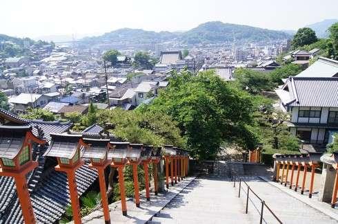 西国寺、108段の石段