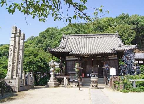 西国寺の大師堂