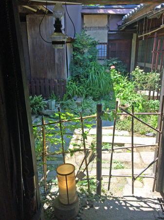 鞆の浦 田渕屋の中庭