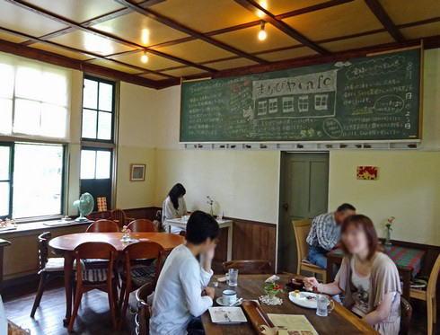 まなびやカフェ  カフェスペースの写真
