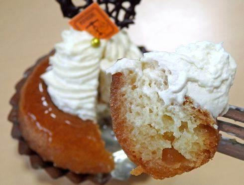ポワブリエール、ラム酒たっぷりのサバランが人気 老舗のケーキ店