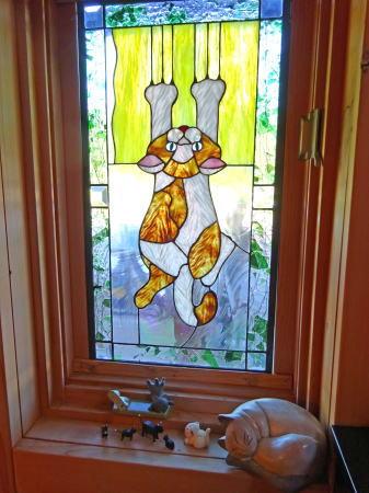 三次カフェ CATCAT ネコのステンドグラス