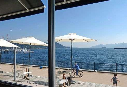 フレックスギャラリー カフェからの眺め
