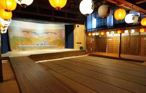 木造の本格芝居小屋、翁座(広島県府中市)が一般公開へ