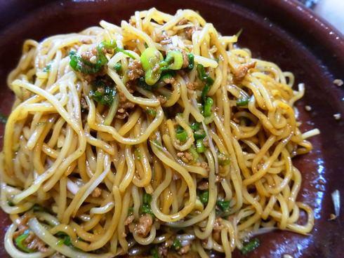 汁なし坦々麺や呉冷麺など、セブンイレブンに広島グルメ弁当が続々