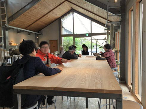 福山のコーヒー店 エクストラクターズコーヒー バイ ノックワイ 1階
