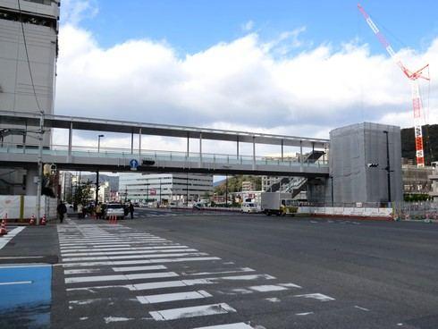 広島駅北口 ペデストリアンデッキの様子