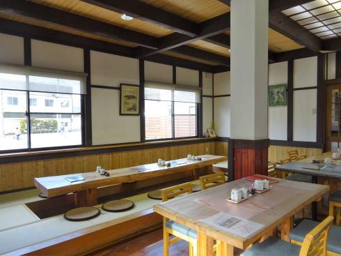 三次 佐々木豆腐店 豆遊(まめゆう) 店内の様子1