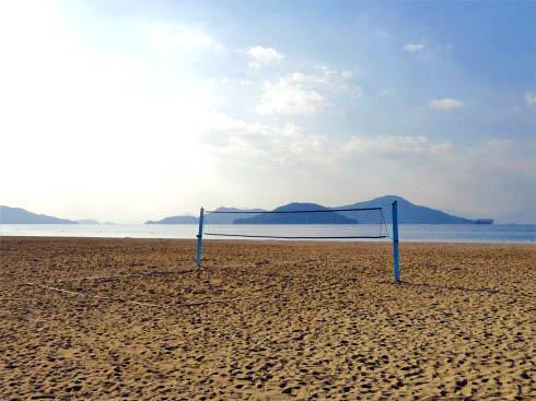ベイサイドビーチ坂 ビーチバレーもできる