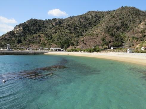 梶ヶ浜海水浴場、海の色が美しい