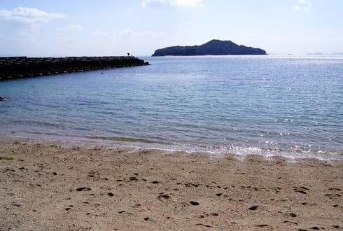 モヒカン故郷に帰る、梶ヶ浜海水浴場