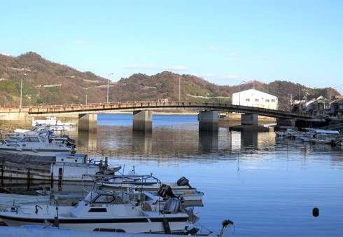 モヒカン故郷に帰る、ロケ地になった大崎下島の橋