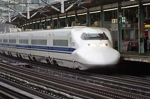 広島駅で「銀河鉄道999」新しくなった新幹線発車予告音の様子