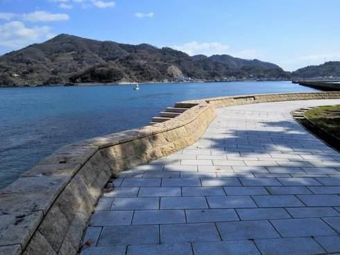 天神鼻の散歩道と海2