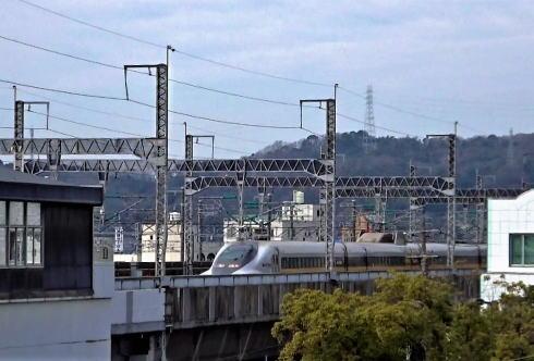 三原駅に直結!三原城跡は新幹線が見られる公園に
