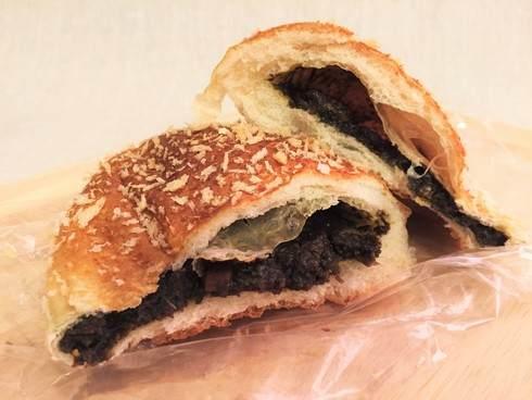 ペスカ 八木のパン屋さん、牛すじカレーパン