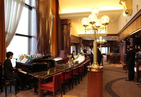 リーガロイヤルホテル広島 リーガトップ、土曜日はピアノの生演奏も