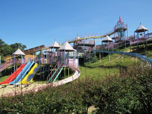 福山ファミリーパーク 複合遊具の写真