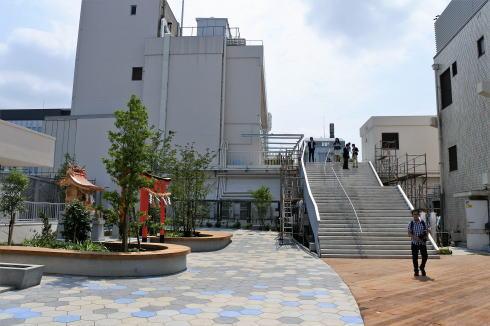 福屋屋上と10階レストランをつなぐ階段