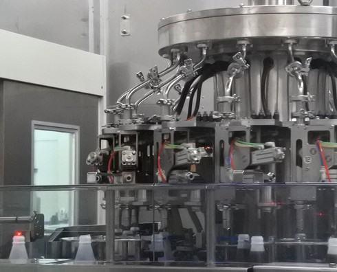 オタフクソース 工場見学の製造ライン1